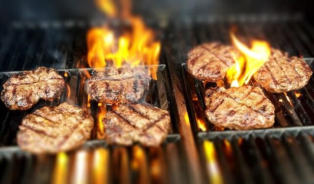 burgery na grillu