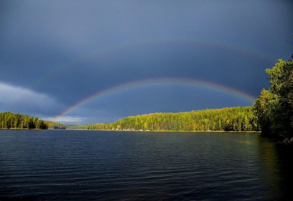 miejsca-w-finlandii-jezioro