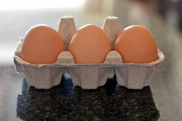 Jajka w wytłaczarce