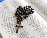 krzyżyk i pismo święte