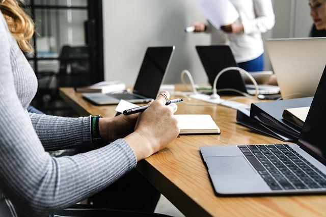 prowadzenie-firmy-przez-internet